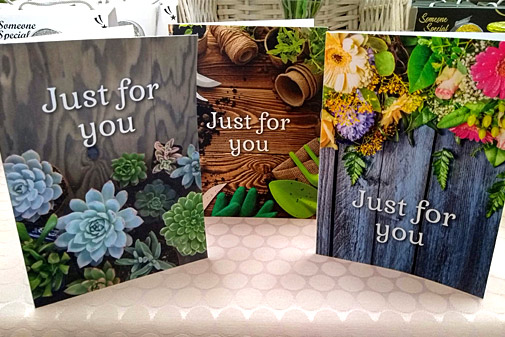 Earlswood gift voucher card designs