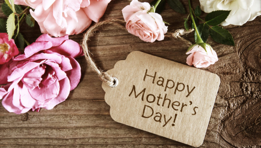 HAPPY MOTHER'S DAY AT EARLSWOOD